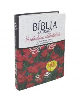 Bíblia Sagrada Verdadeira Identidade - NAA - capa luxo - flores