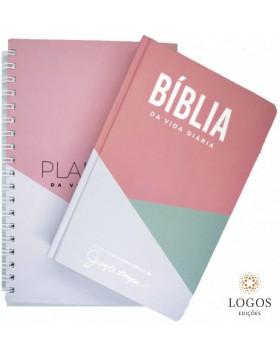 Bíblia de Estudo Joyce Meyer - A Bíblia da Vida Diária - NVI - letra grande - capa dura geométrica + Planner. 6015924327359
